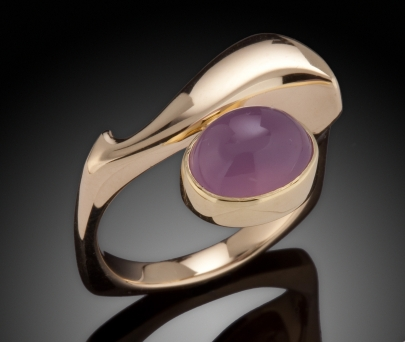 Chalcedony and Gold Ring